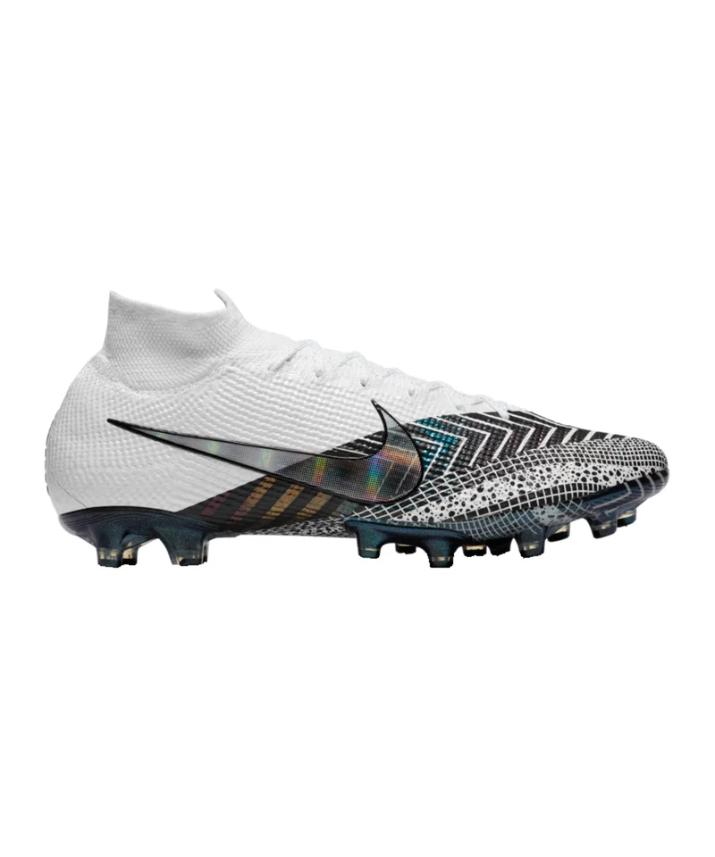 Nike DreamSpeed 3 von Ronaldo